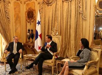 Presidente Varela recibe cartas credenciales de 12 embajadores