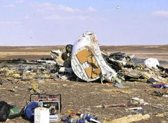 Moscú: Avión ruso siniestrado en la Península de Sinaí se rompió en el aire