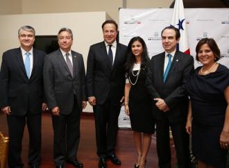 Gobierno reconoce esfuerzo de la Comisión de Trabajo que logró sacar a Panamá de la Lista Gris del GAFI