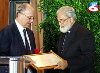 Italia reconoce destacada labor de Monseñor Rómulo Emiliani
