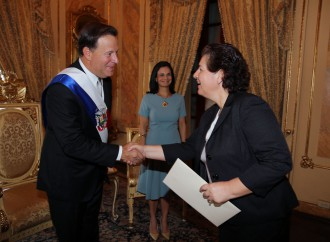Embajadores de Estados Unidos de América, Costa Rica y Haití presentan sus cartas credenciales al Presidente Varela