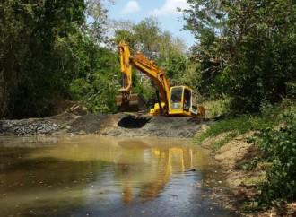 Realizan represamiento en los ríos Estivaná y Cacao para elevar niveles de agua