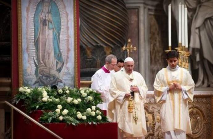 """Papa Francisco: """"Sólo mirando a la Morenita, México se entiende por completo"""""""