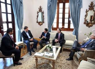 El Presidente y los líderes empresariales analizaron temas de interés nacional