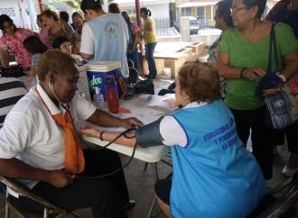 62 abuelitos de la Casa del Jubilado y Pensionado fueron beneficiados con Feria de la Salud de la CSS en La Chorrera