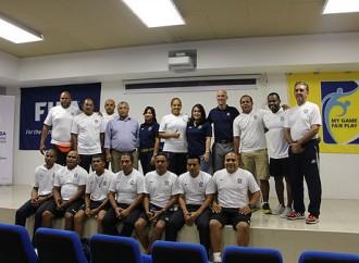 Entrenadores y Jugadores culminan curso CONCACAF de fútbol playa