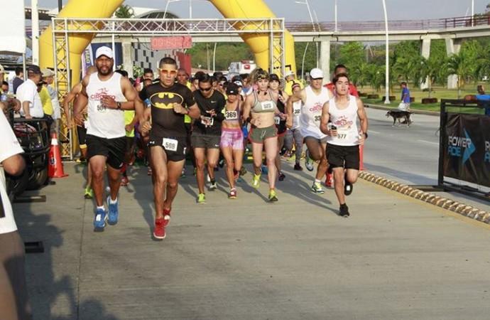 Con gran participación de atletas concluyó Maraton 10K