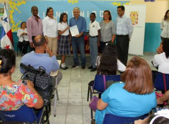 Veintidos Escuelas de la capital reciben subsidio por más de B/. 28,000.00