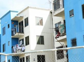 Apartamentos con afectaciones en Curundú serán objeto de evaluaciones técnicas