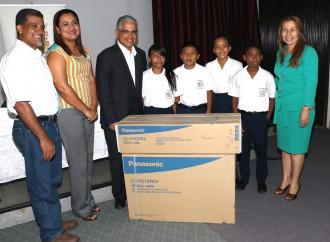 ONG, Escuelas y Ciudadanos reciben apoyo económico de la Alcaldía de Panamá
