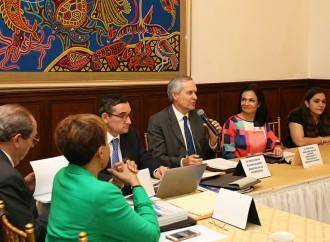 Gobierno y sector privado en alianza para mantener competitividad del país