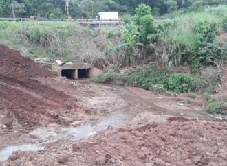 MOP supervisa trabajos que se ejecutan para prevenir colapso de la vía Panamericana