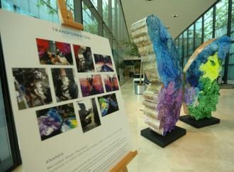 Escultura de artista panameña Marisabel Bazán es exhibida en exposición permanente de ONUSIDA en Suiza