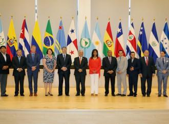 Alcaldes de la región analizaron capacidad de sobreponerse a riesgos