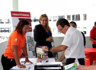 Primera Feria de Viviendas llevó a cabo la Caja de Ahorros con apoyo del Miviot