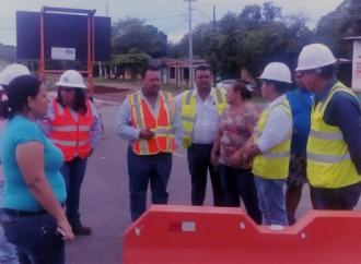 Comunidad y MOP se reúnen para abordar detalles de trabajos en la carretera Panamericana Santiago David