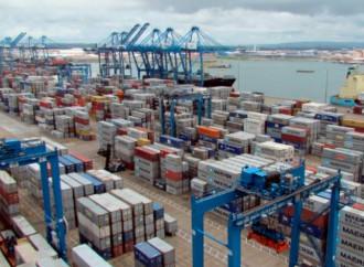 """Gobierno y empresa privada trabajan en consolidar a Panamá en """"hub"""" logístico"""