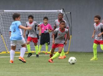 Fundación Amigos del Real Madrid promueve el deporte en Panamá