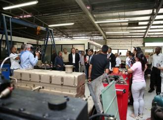 Presidente anuncia proyecto de rehabilitación de las instalaciones del Inadeh