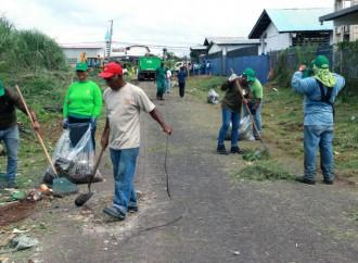 Comunidad y Alcaldía de Panama realizan jornada de limpieza en Juan Diaz