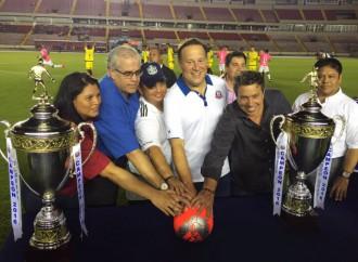 Varela inaugura liga intercolegial de fútbol Copa Presidente de la República