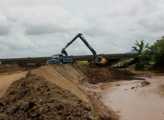 MOP continua trabajos de dragado para minimizar impacto de las lluvias