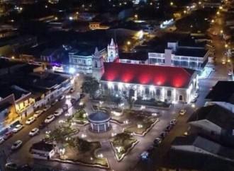 Presidente Varela anuncia construcción de Centro de Convenciones y nueva escuela integral en Chitré