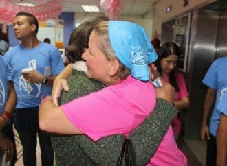 Primera Dama comparte junto a pacientes con cáncer en el Día de Dar en el ION