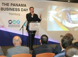 Presidente Varela invita a empresarios alemanes a invertir en Panamá, la economía más sólida de la región