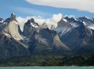 Chile y otros 7 países disputan el galardón Mejor Destino de Turismo Aventura del mundo