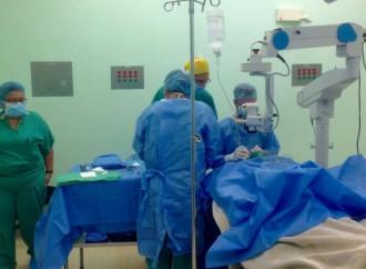 38 personas fueron beneficiadas de la Jornada de Cirugías de Cataratas en Policlínica de Las Tablas