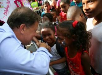 Presidente Varela compartió junto a la comunidad la fiesta de Navidad