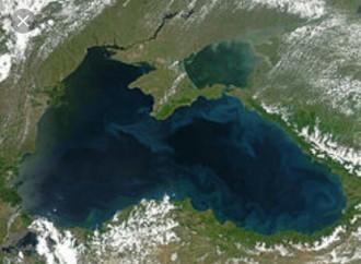 Autoridades rusas hallan Caja Negra del Avión estrellado en el Mar Negro