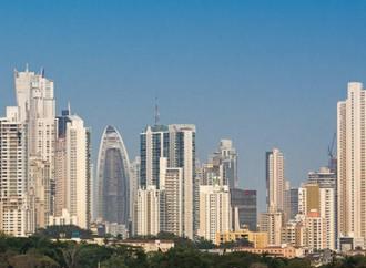 Economía panameña sigue creciendo y atrayendo inversiones, ministro Alemán