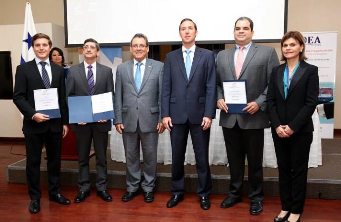 Empresas panameñas reciben certificación de OEA para facilitar comercio internacional