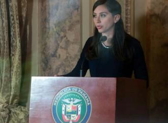 """Presidente Varela: """"Ministra Romero continuará con el proceso de modernización y transparencia del Ministerio de Gobierno"""""""