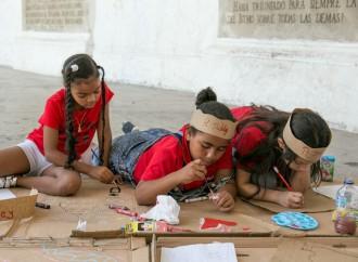Niños y Niñas se tomaron la Plaza de Francia para revivirsus 344 años de historia a través del arte