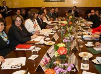UNESCO y Colombia estrechan cooperación para consolidar la paz