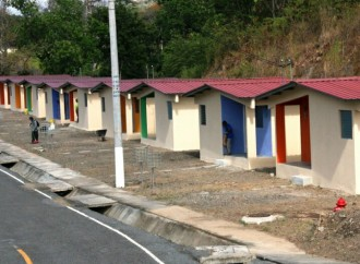 Familias de la comunidadGuna Nega en Ancón reciben viviendas