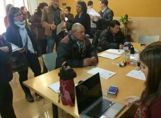 Paraguayos en España participan masivamente en jornada de trámites migratorios