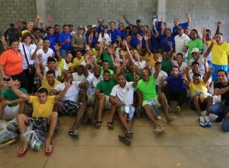 Presidente Varela recorrió La Nueva Joya como parte de voluntariado institucional