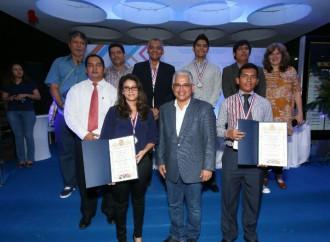 A partir de hoy la Alcaldía de Panamá declara abierto dos concursos literarios