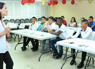 Programa Padrino Empresario abre oportunidad a jóvenes que se unirán a la empresa Franquicias Panameñas, S.A.