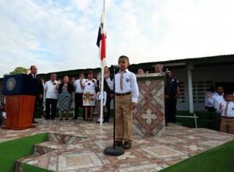 Panamá, primer país en Centroamérica en impartir ciencias en inglés a alumnos del sistema educativo público