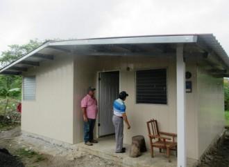 Techos de Esperanza beneficia a 25 familiassanteñas de la comunidad de Los Botoncillos