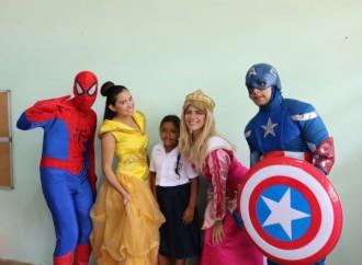 Voluntariado de AltaPlaza Mall recibió a niños y niñas de la Escuela Guillermo Patterson