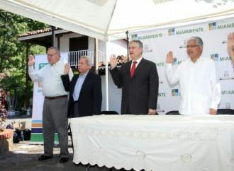 Autoridades instalan Comisión para desarrollar Plan de Turismo Sostenible en el Cerro Ancón