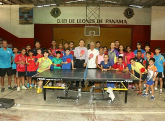 Avanza con éxito entrenamientos de Tenis de Mesa con experto taiwanés