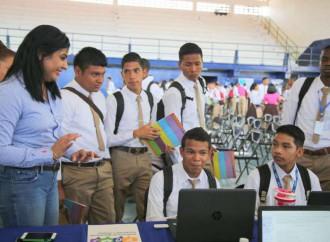 POVE continúa jornadas en tres colegios en Colón