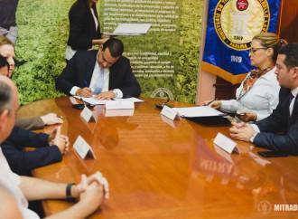 Trabajadores del sector Turismo reciben beneficios tras firma de convención colectiva